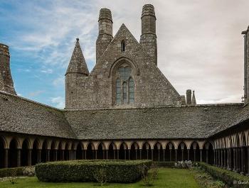 8 - Le Cloître du Mont Saint Michel